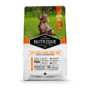 Nutrique Toy & Mini Young Adult Dog x 3 kg